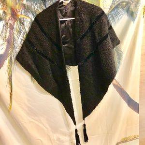AMAZING vintage NEIMAN MARCUS shawl